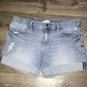 Women's Bullhead jean shorts size 11, not 10.
